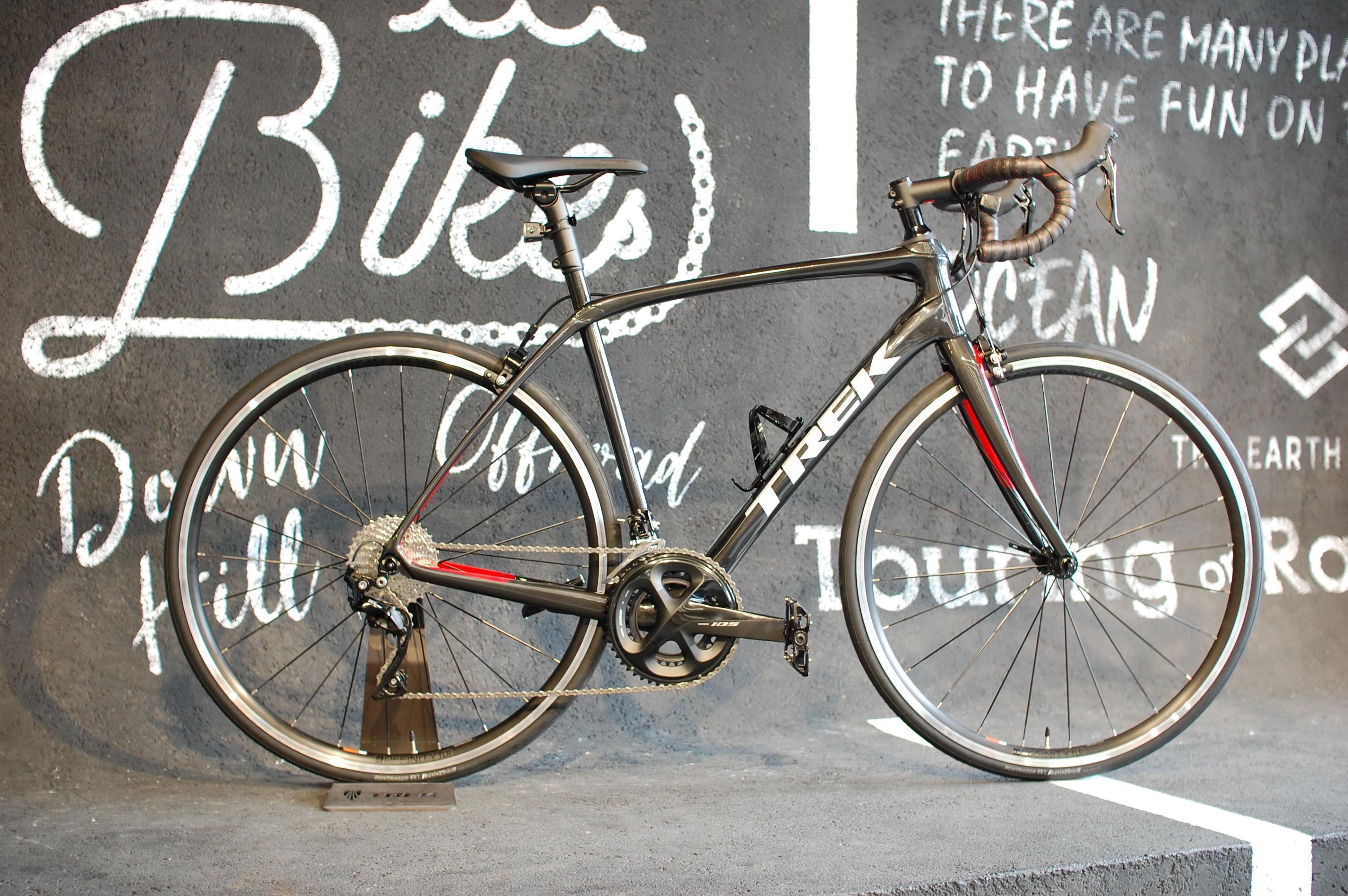 ロードバイクでスポーツバイクデビュー!目標は友人とのビワイチ!今週のピックアップバイク『TREK(トレック) DOMANE SL5(ドマーネ…