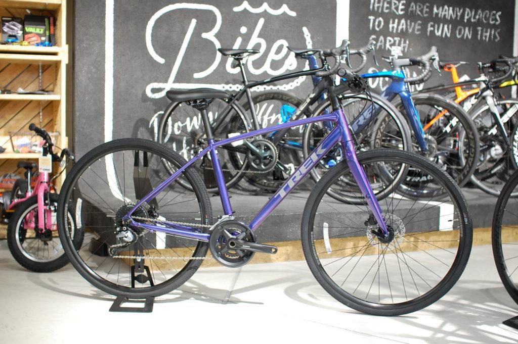家族みんなでサイクリング!ご夫婦でスポーツバイクデビュー♪【今週のピックアップバイク TREK(トレック) FX3DISC(エフエックス3デ…